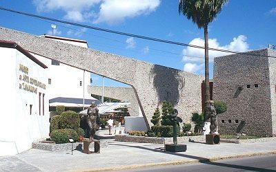 Matamoros' Architectural MCM Jewel